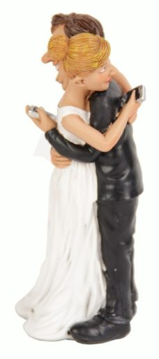 Novelty Figure: Wedding Couple Cellphones