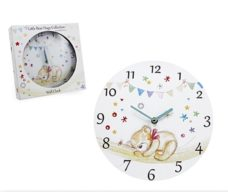 Little Bear Hugs Clock
