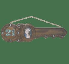 21st Carved Kauri Island Key (#417)
